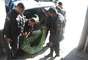 Outros dois homens e dois policiais ficaram feridos sem gravidade na ação