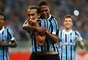 Barcos fez gol de pênalti aos 33min do segundo tempo para salvar o Grêmio de derrota