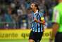 Pênalti duvidoso foi bastante questionado pelos jogadores do Inter