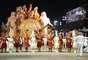 A escola de samba trouxe elementos da fé e da crença nas fantasias, alegorias e alas durante o desfile