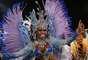 Com a rainha Valeska Reis, a Império de Casa Verde é a sexta e penúltima escola a passar pela avenida na segunda noite de desfiles do Carnaval paulistano