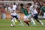 Estados Unidos será el siguiente en la lista, el 02 de abril, contra los americanos, México ha jugado en 62 ocasiones, con 32 triunfos, 13 empates y 17 derrotas, el último duelo ante ellos fue en la eliminatoria hacia Brasil, donde el Tri cayó 2-0 de visitante.