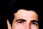 Como tem o rosto quadrado, o dentista também optou por um sorriso mais reto para Reynaldo Gianecchini