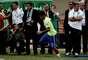 Gol, calcanhar e bicicleta; veja Neymar em fotos exclusivas