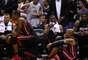 Estrelas do até então bicampeão consecutivo Miami Heat assistem a premiação do título Spurs, equipe que eles derrotaram para levantarem o troféu Larry O'Brien em 2013