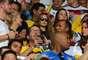 Na arquibancada do Mineirão, Lena Gercke, namorada do jogador Sami Khedira, e Mandy Capristo, namorada de Mesut Özil
