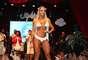 Juju Salimeni fio um dos destaques do desfile da nova coleção verão 2015 da Hipkini, em São Paulo, na última sexta-feira (8)