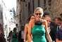La presentadora italiana Elisabetta Canalis, última exnovia de George Clooney, se ha casado este fin de semana en Cerdeña con el médico Brian Perri, diez años mayor que ella.La ceremonia tuvo lugar en el catedral de San Nicolás, la iglesia más importante de la ciudad de Sassari.