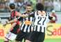 Carlos comemora gol de empate do Atlético-MG com Luan