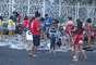 """Rio de Janeiro, 14/7 - em dia de """"trote"""", alunos da Universidade do Estado do Rio de Janeiro (Uerj) pintaram estudantes recém-chegados com tinta, no centro da capital fluminense"""
