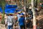 Promessas de pepitas de até um quilo estão atraindo milhares de pessoas para a cidade de Pontes e Lacerda, interior do Mato Grosso