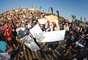 Como todo un éxito fue catalogado el primer Bowlzilla Chile que se llevó a cabo en la playa de Ritoque. El primer festival deportivo-musical que fue transmitido por TERRA tuvo a Tony Hawk como su gran campeón. Estrellas mundiales del skate iluminaron el mar la tarde del sábado, en el primer gran encuentro de música y skate que se hace en Sudamérica, que también contó con la participación del dúo estadounidense Capital Cities y Gentlman.
