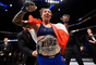 Germaine de Randamie conquistou o cinturão peso-pena feminino do UFC