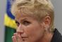 'Pai de Xuxa, seu Luiz Floriano, melhorou um pouquinho, mas depois teve uma piora. É um momento complicado para a família', disse ao Purepeople a assessoria de imprensa da apresentadora ao Purepeople nesta quinta-feira, 23 de fevereiro de 2017