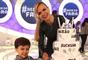 Eliana revelou a gravidez de uma menina durante o 'Programa da Eliana' no dia 2 de abril de 2017. A apresentadora já é mãe de Arthur, de 6 anos