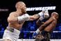 Conor McGregor e Floyd Mayweather se enfrentaram em luta histórica no boxe