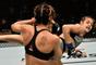 UFC 216: Poliana Botelho venceu Pearl Gonzalez em sua estreia