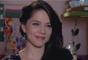 Arrumada para o encontro, Cecília (Bia Arantes) deixa André (Bruno Lopes) encantado por sua beleza, na novela 'Carinha de Anjo'