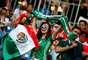 Torcedores do México fazem festa nas arquibancadas