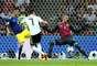 Draxler recebe a bola de Timo Werner e bate pro gol, a bola bate na zaga e vai pela linha de fundo
