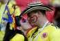 O amor está no ar! Casal colombiano se beija na arquibancada de Kazan antes da partida entre Polônia e Colômbia