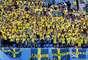 Torcida da Suécia no Estádio de São Petersburgo no duelo de oitavas contra a Suíça