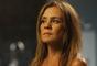"""Em """"Segundo Sol"""": Laureta (Adriana Esteves) tenta enganar Beto (Emilio Dantas) mais uma vez"""