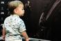 Filho de Mateus, da dupla com Jorge, roubou a cena em show do pai