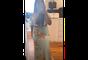 Simone ostenta silhueta mais fina em vestido com recorte vazado