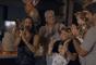 Claudia Leitte reuniu a família para juntos cantarem os parabéns