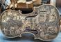 'O Inferno' de Dante Alighieri foi desenhado em 33 violinos