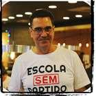 Fundador suspende 'Escola Sem Partido' e critica Bolsonaro