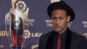 Pai de Neymar garante renovação com Barça: