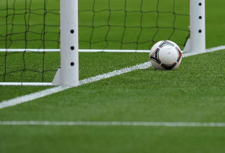 Tecnologia na linha do gol avisará árbitro em um segundo se bola entrou e177b61e2730b