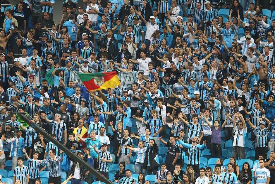 Grêmio se apoia no Estatuto e pede triplo de ingressos para Gre-Nal b434e3e4c44