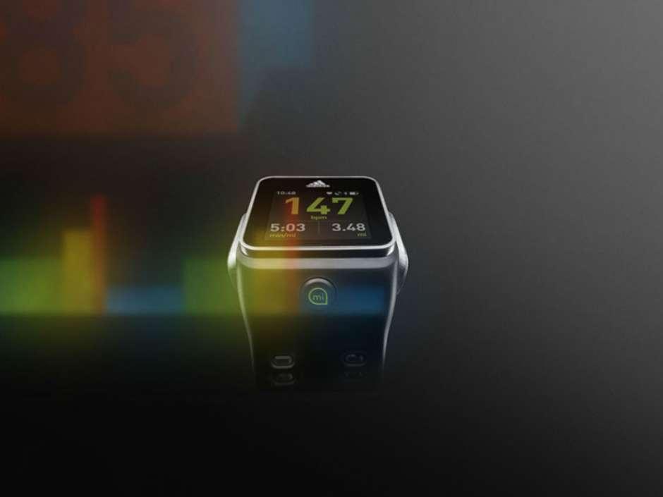 92f3c2a563e Adidas anuncia relógio inteligente voltado a corredores