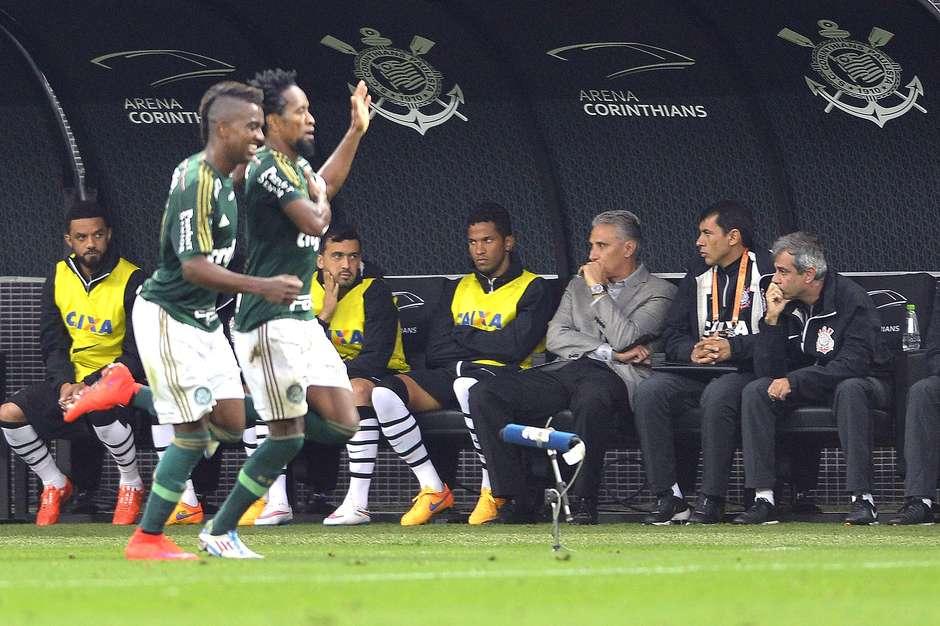 Corinthians 0 x 2 Palmeiras pelo Campeonato Brasileiro 2015 d9d221d44a654