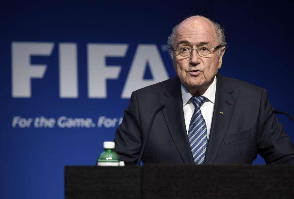 Joseph Blatter renuncia à presidência da Fifa após escândalo c1468f3c5c4cb