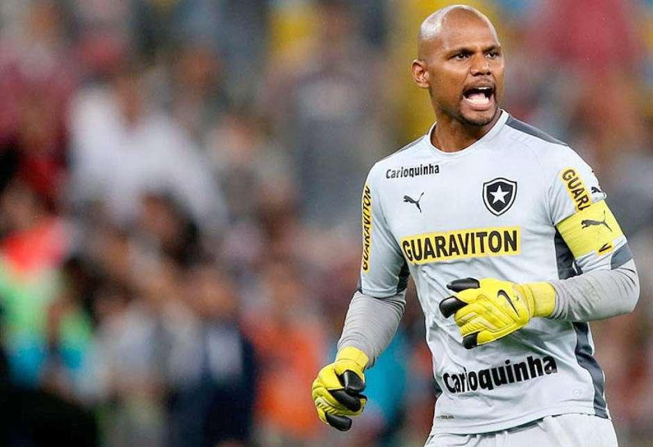 fae79b0cf2 Jefferson vira dúvida no Botafogo para duelo com o CRB  Navarro volta