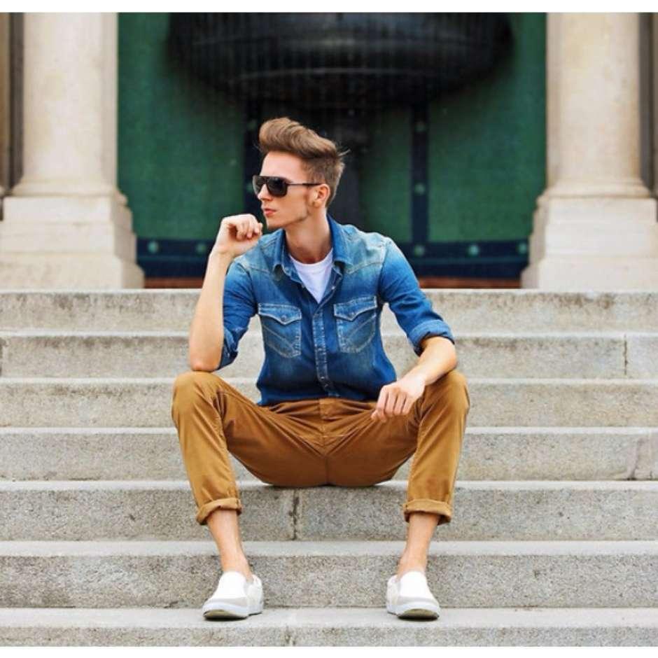 ee38a28208 Saiba como usar camisa jeans no dia a dia