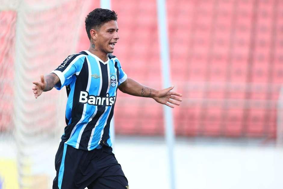 Grêmio arranca empate no fim contra a Desportiva pela Copa São Paulo ea6ce016df842