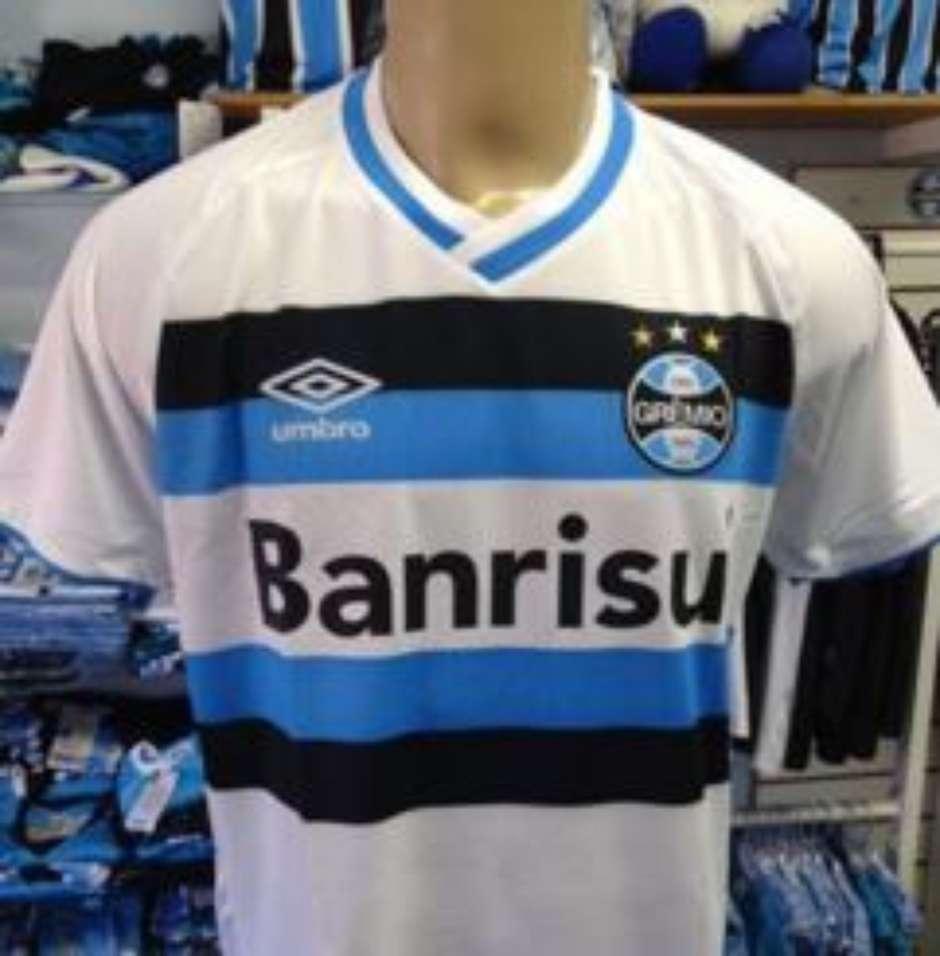 6084861e31 Será  Supostas novas camisas do Grêmio vazam nas redes sociais