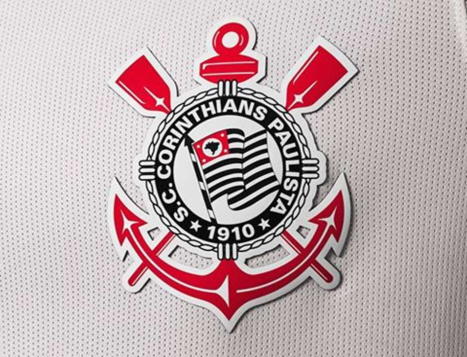 Corinthians promove evento na Arena para lançar nova camisa e2fefc9c1e21e