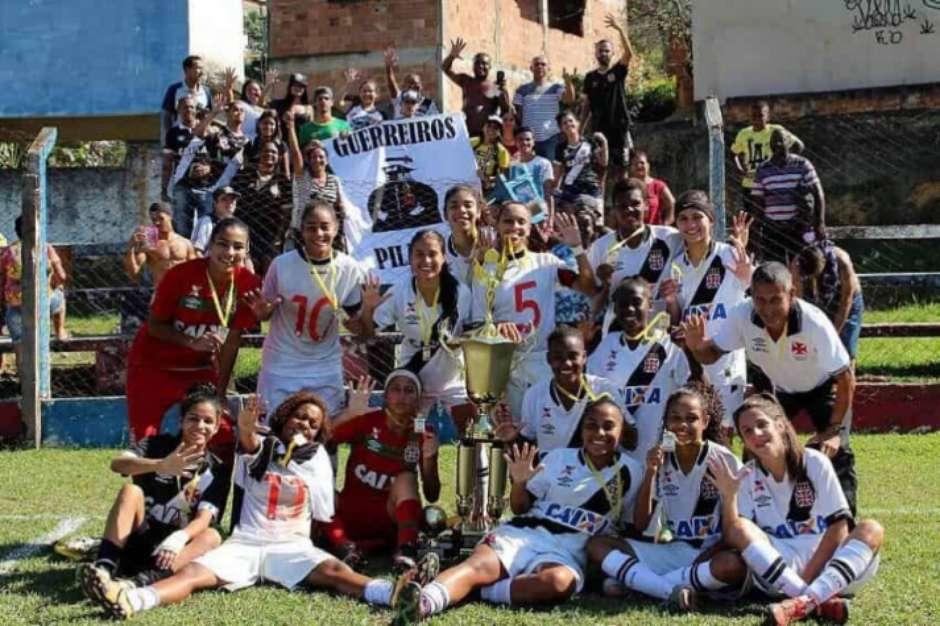 Vasco conquista quinto título da Taça Nova Iguaçu de Futebol Feminino 604e96adf881f