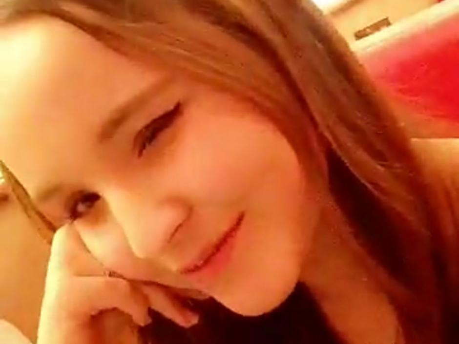 Larissa Manoela desabafa após ter número divulgado pelo ex-namorado