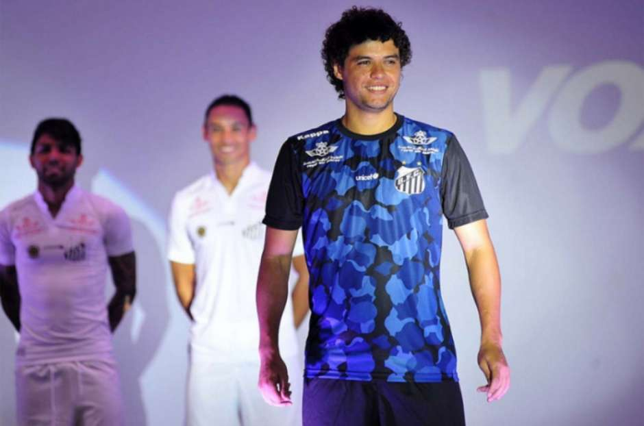 0ecd770252f78 Santos lançará 3º uniforme contra o Fluminense e vai usar em clássico