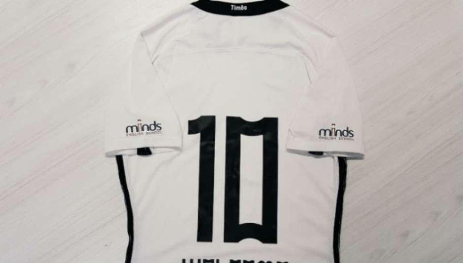 e98645b458 Corinthians oficializa patrocínio por um ano em espaço inédito da camisa