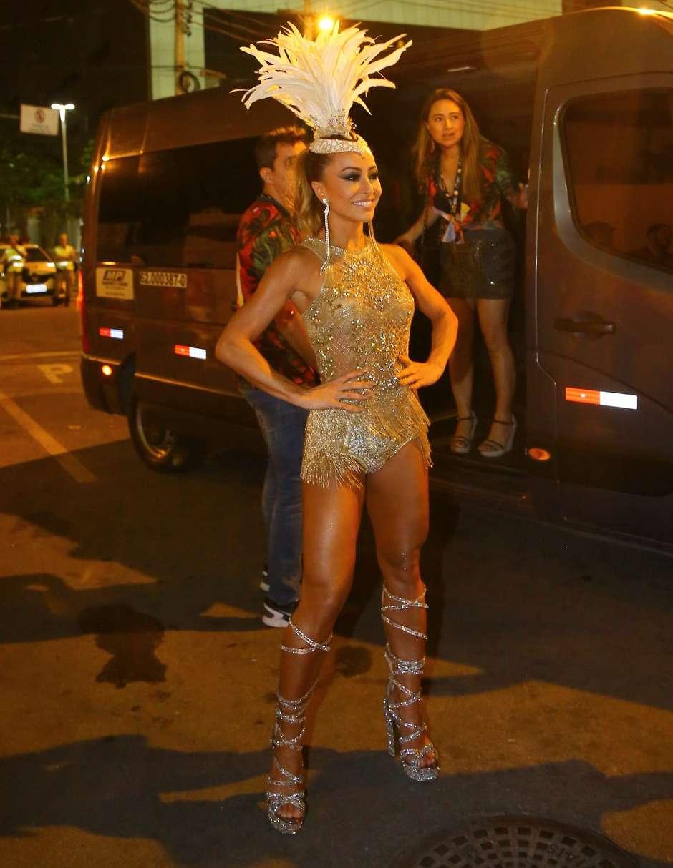 e7042ecb4df63 Carnaval  Sabrina Sato e Anitta são destaques em camarotes do Rio