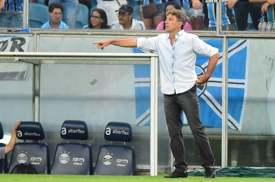Técnicos acertam e Gre-Nal termina empatado na Arena do Grêmio c62035f950e1a