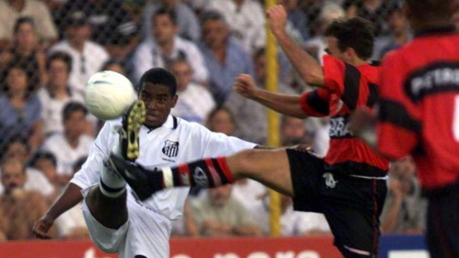 Ex-Santos recorda de vitória sobre o Fla na Copa e aposta em Ferraz 31d702d4716fb